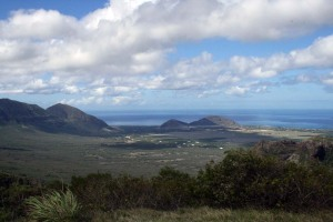 View of Lualualei Valley from Mikilua exclosure trailhead.